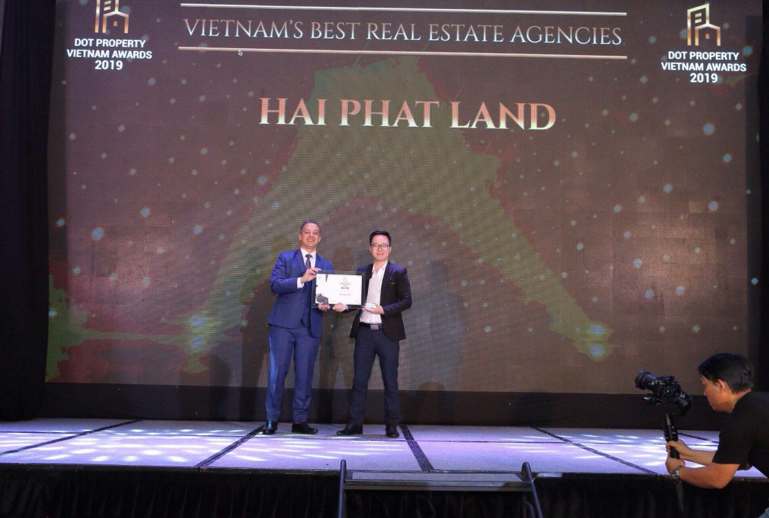 HAI PHAT LAND WINS VIETNAM'S BEST REAL ESTATE AGENCIES 2019 AWARDS!